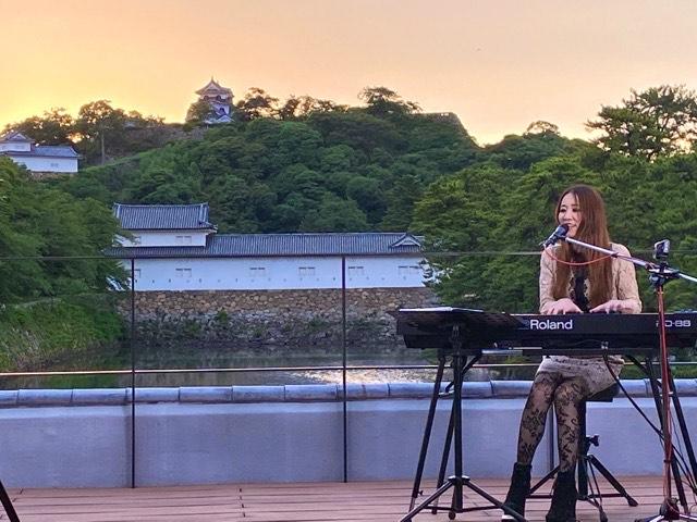 | 彦根お天気ブログ | テラスに響く美しい歌声♪